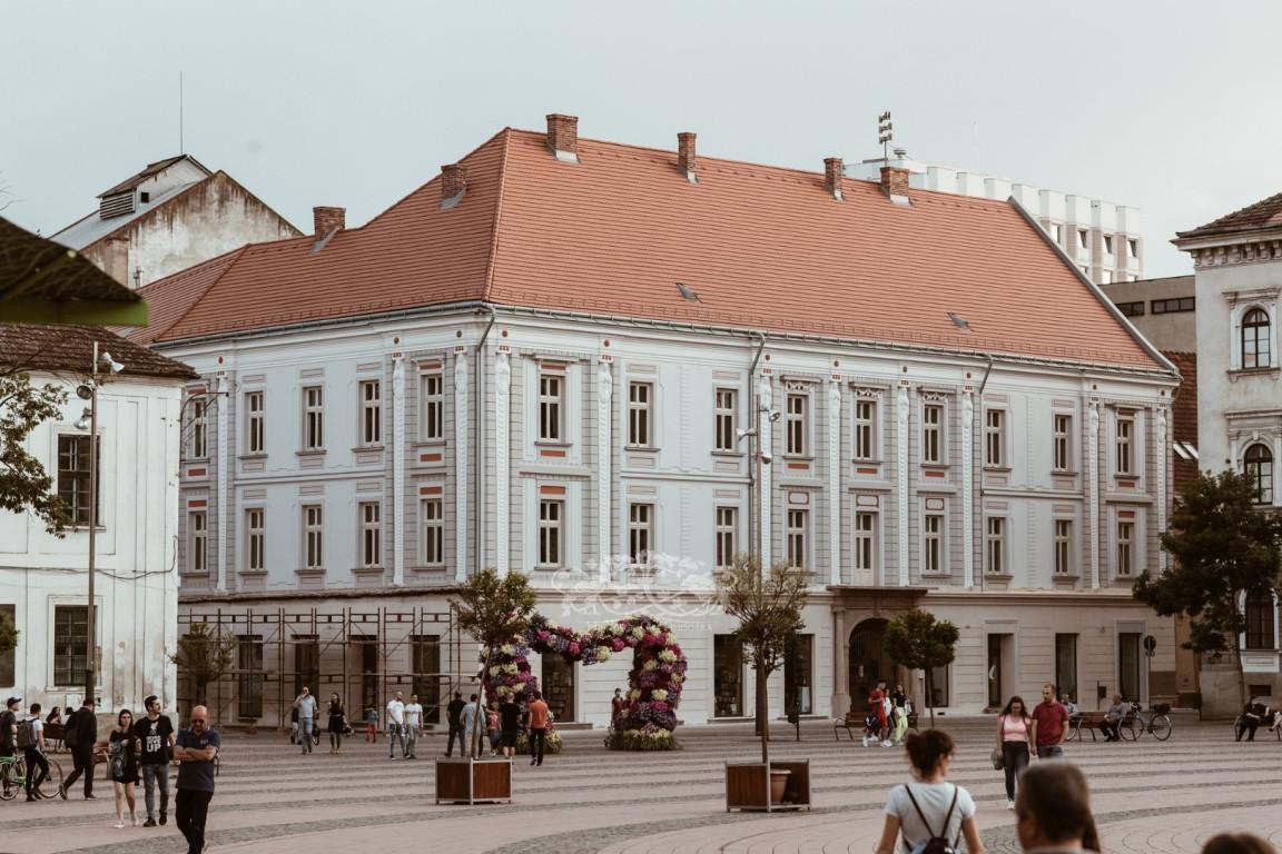 Makri Apartment Building