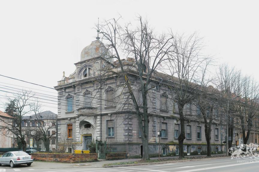 Alajos Gregor House